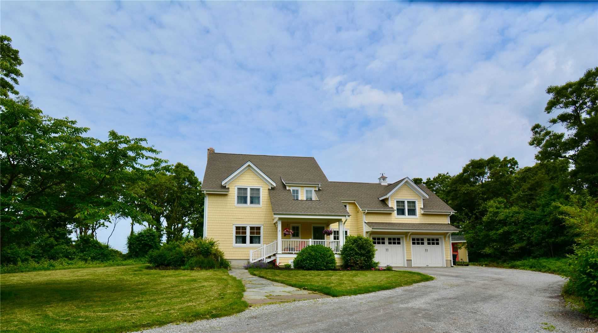 Residencial en venta en 584 Long Beach Road E, Nissequogue, NY ,11780  , EE.UU.