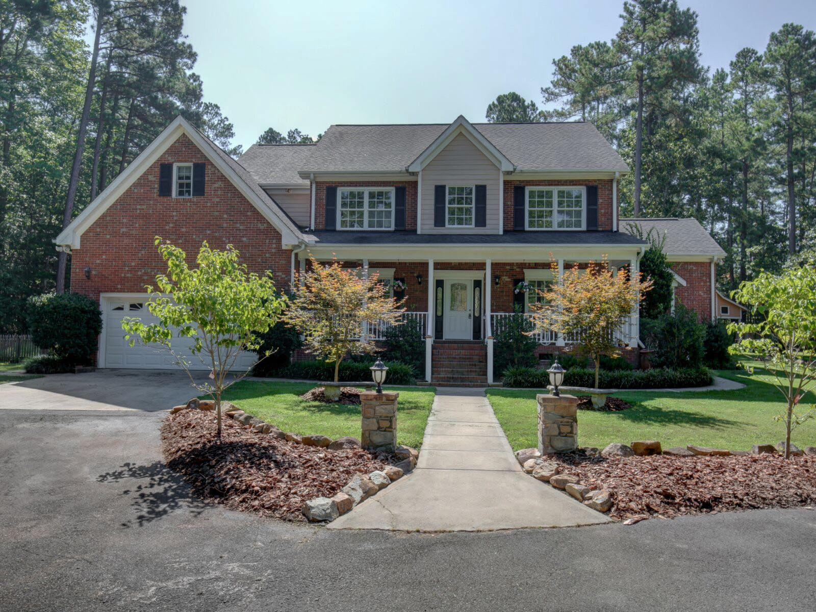 Vivienda unifamiliar En venta en 3818 Holly Springs Court, Hillsborough, NC ,27278  , EE.UU.